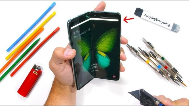 Samsung Galaxy Fold vẫn chưa ổn sau màn thử nghiệm độ bền ảnh 1