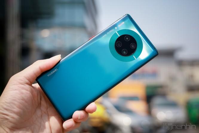 Trên tay Mate 30 Pro vừa về Việt Nam: thiết kế cân đối, nhiều cái mới, giá từ 23 triệu ảnh 1