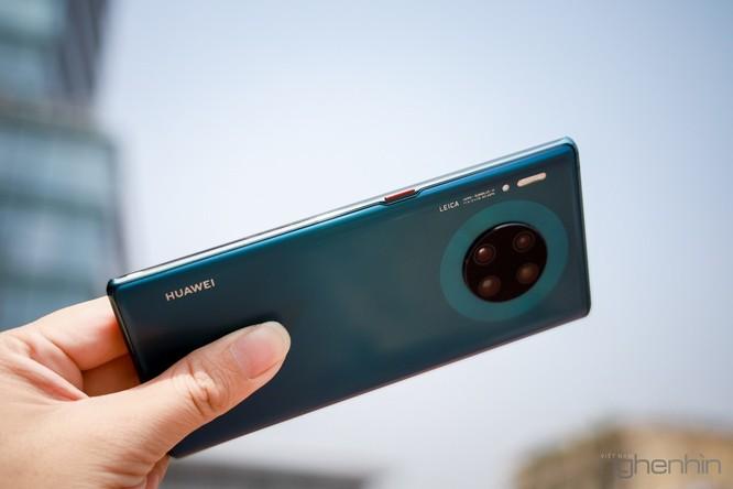 Trên tay Mate 30 Pro vừa về Việt Nam: thiết kế cân đối, nhiều cái mới, giá từ 23 triệu ảnh 13