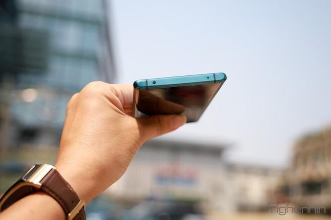 Trên tay Mate 30 Pro vừa về Việt Nam: thiết kế cân đối, nhiều cái mới, giá từ 23 triệu ảnh 15