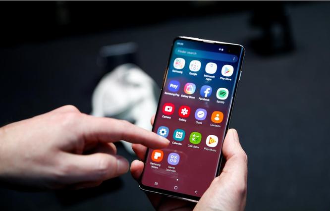 Điện thoại Samsung Galaxy S10. (Nguồn: Reuters)