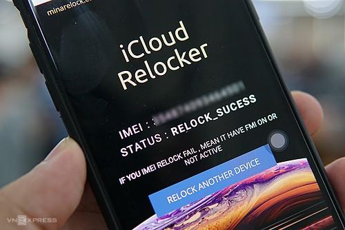 Công cụ có thể khóa iPhone từ xa qua số IMEI. Ảnh: Lưu Quý