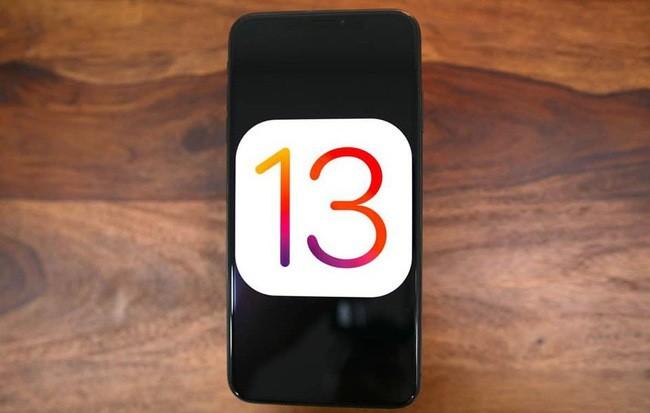 iOS 13: Khắc phục lỗi không thể cài đặt bản cập nhật sau khi tải về ảnh 1