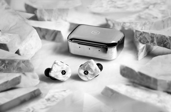 Tai nghe thể thao true wireless nhẹ nhất thế giới, pin 22 tiếng, driver Beryllium, giá từ 5,3 triệu đồng ảnh 1