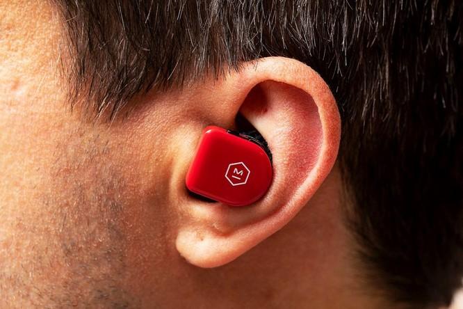 Tai nghe thể thao true wireless nhẹ nhất thế giới, pin 22 tiếng, driver Beryllium, giá từ 5,3 triệu đồng ảnh 6