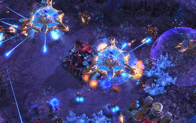 Trí tuệ nhân tạo nay đã chơi StarCraft II giỏi hơn 98,8% người chơi trên toàn thế giới dù bị nerf tơi bời - Ảnh 3.