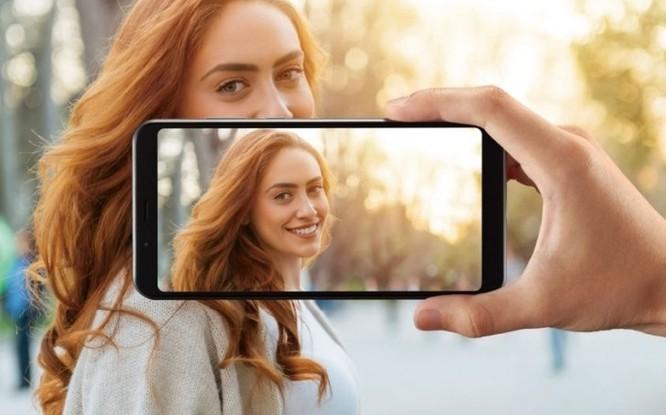 Sharp AQUOS V ra mắt với chip Snapdragon 855