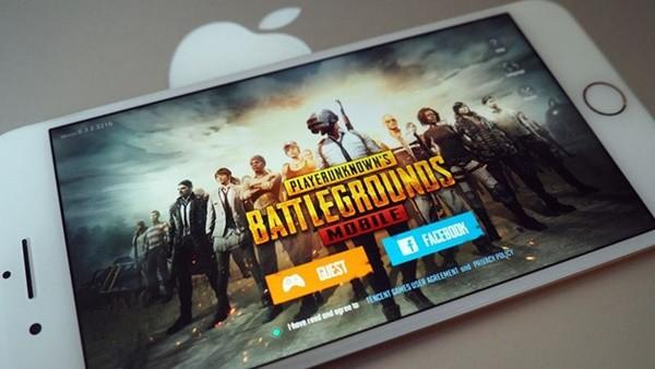 Thanh niên mất mạng vì uống nhầm thuốc tẩy trong khi cắm đầu chơi game PUBG trên điện thoại-1