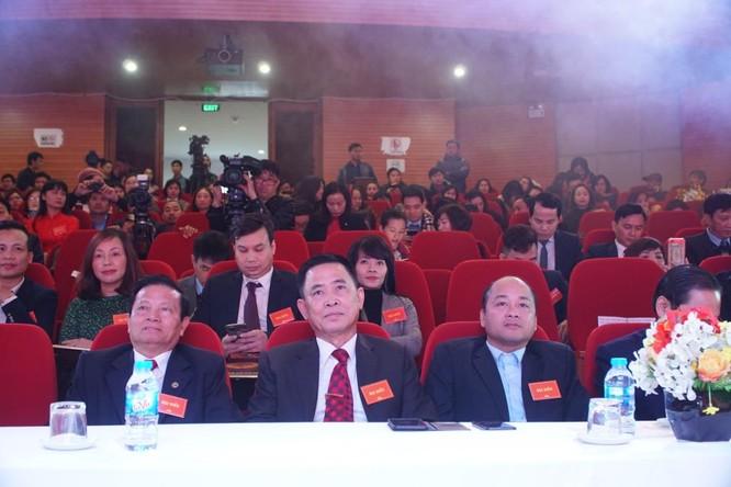 """100 doanh nghiệp được trao chứng nhận """"Hàng Việt tốt được người Việt tin dùng"""" ảnh 1"""