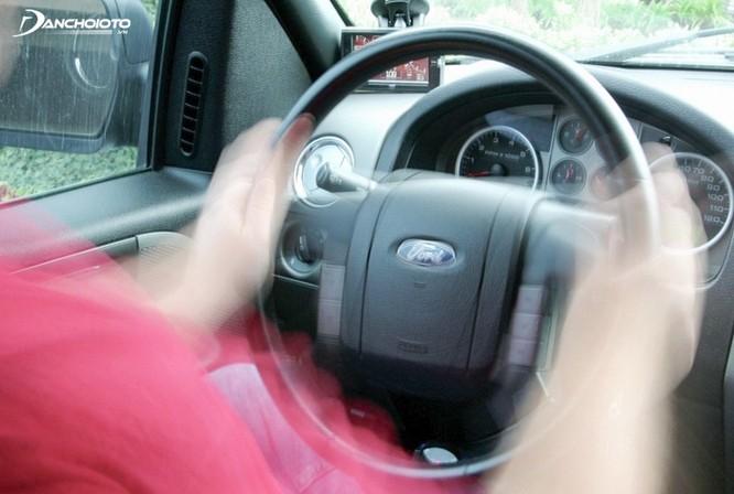 Những lỗi xe ô tô thường gặp sau nhiều năm sử dụng ảnh 1