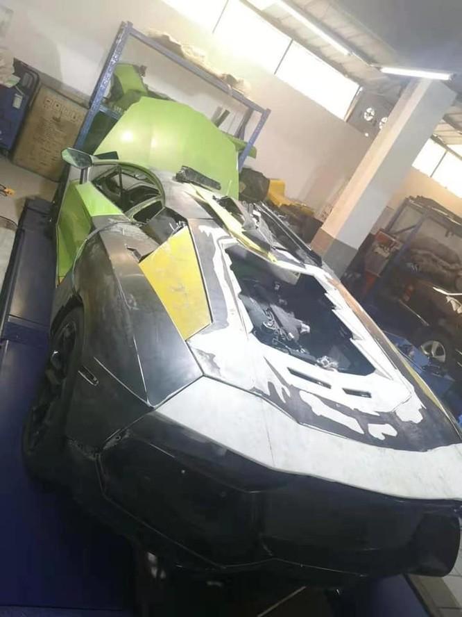 Chiếc xe đang dần được hồi sinh. (Ảnh: FBNV)