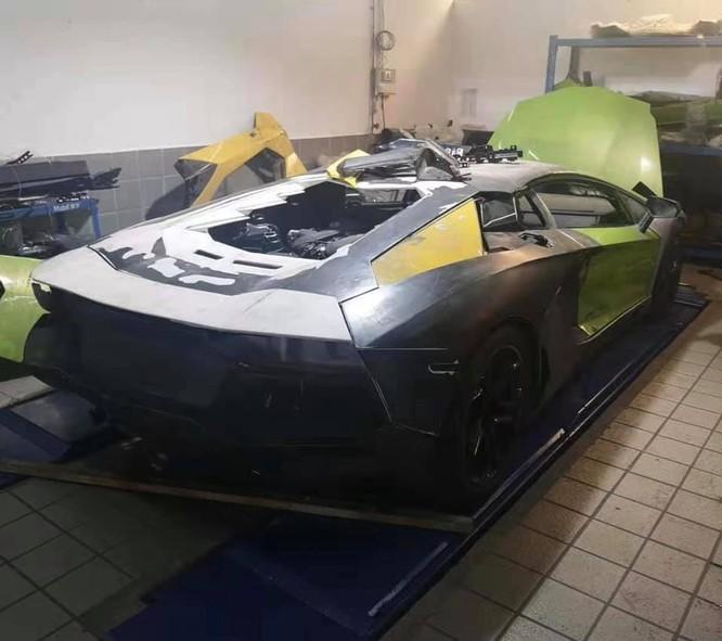 Hình ảnh mới nhất về chiếc Lamborghini Aventador từng bị cháy. (Ảnh: FBNV)