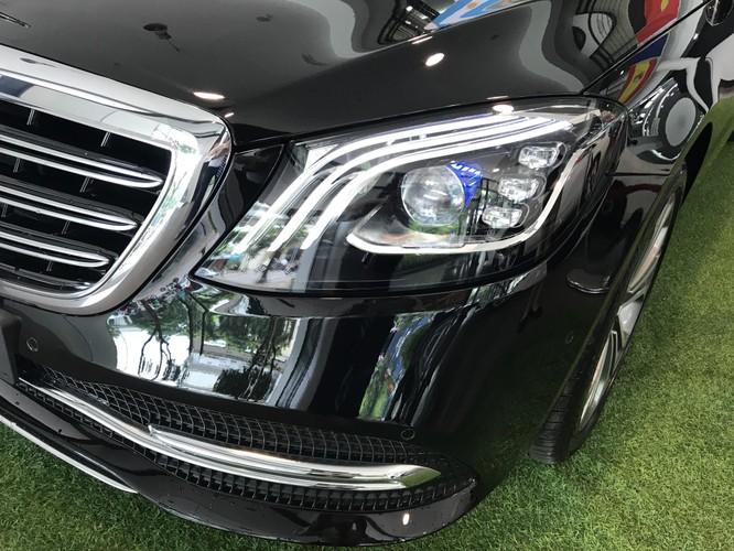Hệ thống hỗ trợ lái xe ban đêm Night View Assist Plus trên Mercedes-Benz S450L Luxury