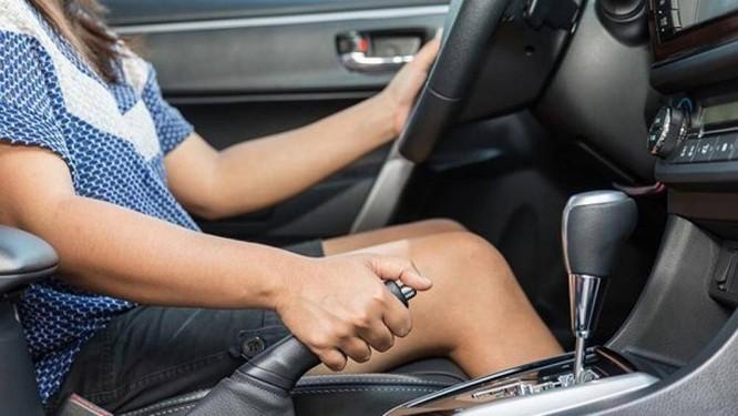 Những lỗi phổ biến mà tài xế nào cũng từng mắc phải ảnh 3