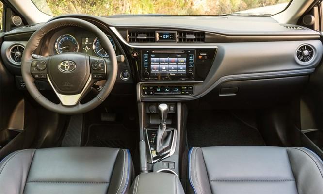 Toyota Corolla đời 2018 - một mẫu thuộc danh sách triệu hồi. Ảnh: Toyota