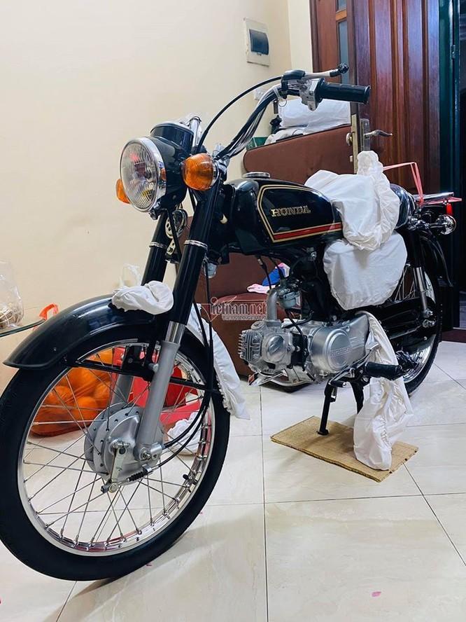 Xe máy Honda CD50 43 năm tuổi chưa đổ năng có giá khủng 800 triệu đồng của anh Tú.
