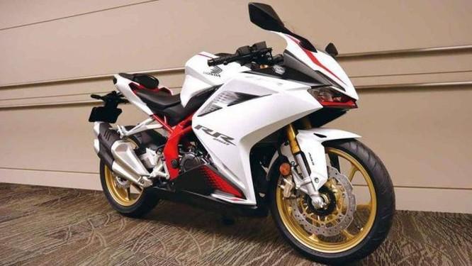 Ngoại hình mới đẹp mắt với nhiều thay đổi của Honda CBR250RR 2020
