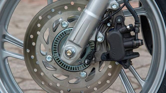 Phần lớn các xe tay ga đều thiết kế phanh trước là phanh dạng đĩa