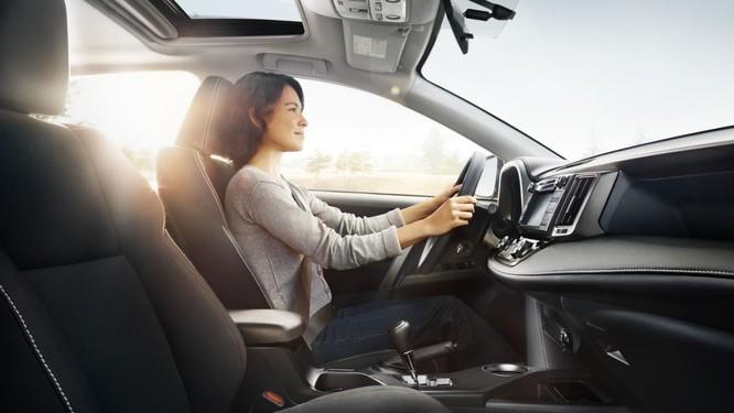 Chiếc dây an toàn sẽ giúp tài xế tránh được rất nhiều nguy hiểm khi cần thiết