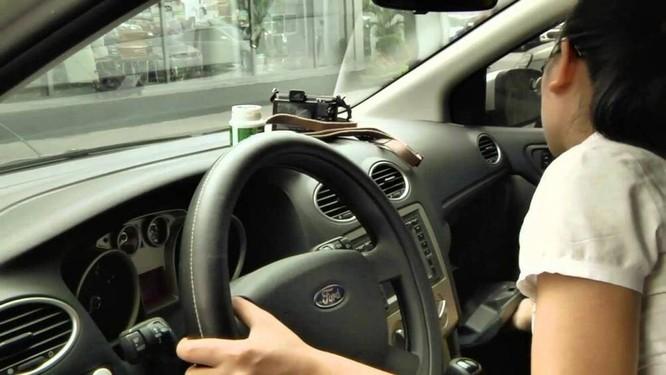 Với phụ nữ lái xe ô tô, thông thường họ sẽ chỉ di chuyển với quãng đường ngắn