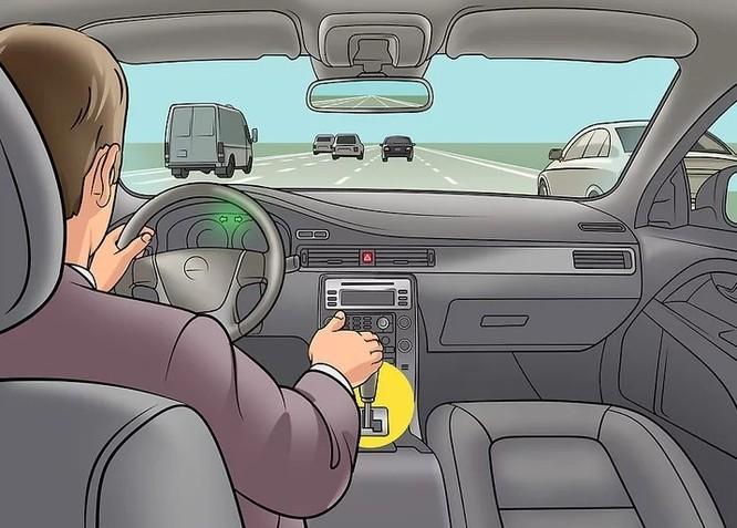Cách xử lý ô tô mất phanh để tránh tai nạn thảm khốc ảnh 3