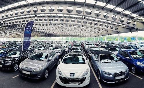 Do nhiều yếu tố tác động khiến số lượng xe bán ra tại châu Âu không được như mong đợi. Nguồn: Reuters.