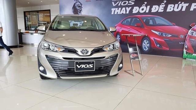 Toyota Vios giảm 10 triệu đồng, xuống từ 480 triệu đồng/chiếc.