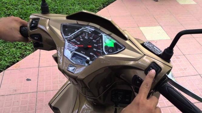 Công nghệ tự ngắt động cơ khi xe dừng sau 3 giây giúp tiết kiệm nhiên liệu hơn
