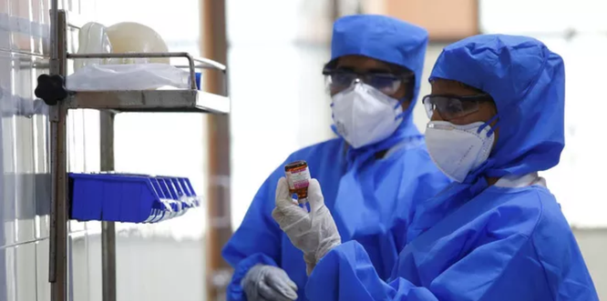 Mỹ tiêm thử vắc-xin Covid-19 trên người đầu tiên trong hôm nay ảnh 2