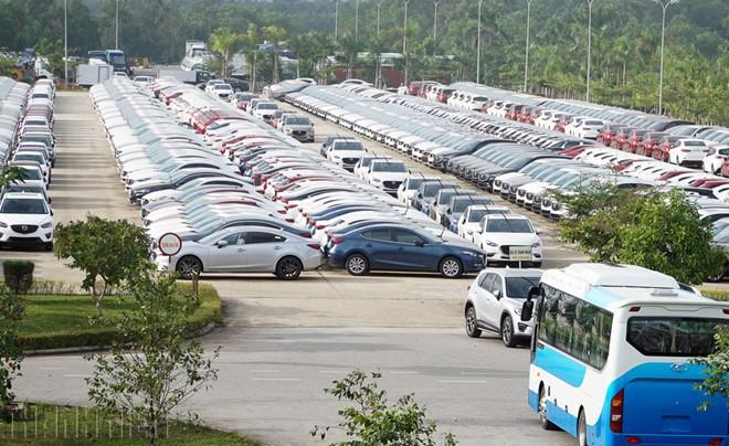 Sức mua ô tô sụt giảm mạnh trong đại dịch Covid-19