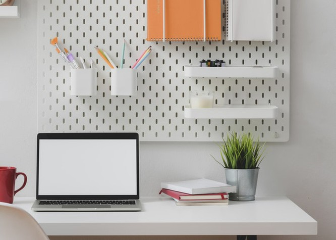 Công ty chưa chuyển đổi online, nhân viên không thể hoạt động tại nhà.