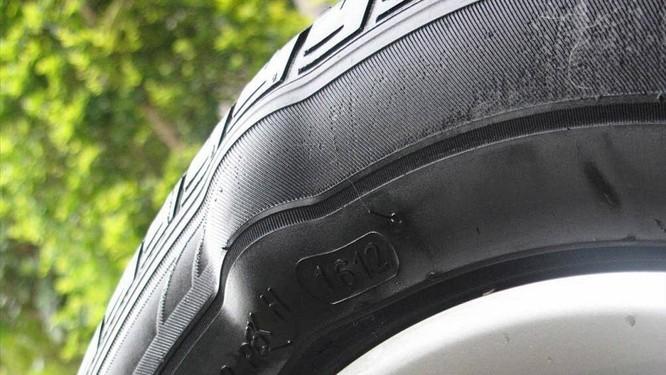 Bánh xe bị sai lệch, hư hỏng và chất lượng thấp có thể dẫn đến sự mất cân bằng của các bánh xe