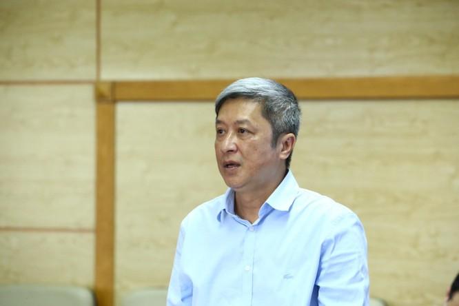 Thứ trưởng Bộ Y tế lý giải về bệnh nhân COVID-19 dương tính trở lại sau khi âm tính ảnh 1