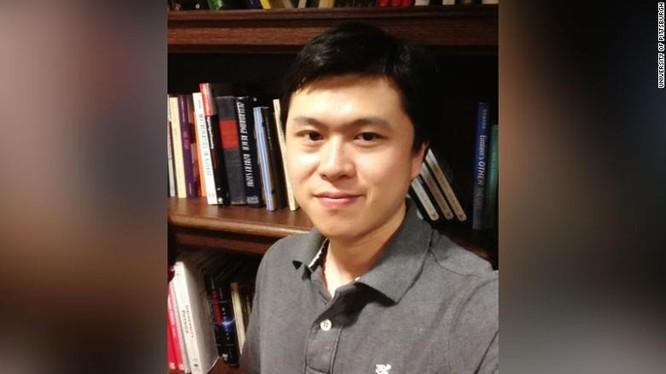 Giáo sư Bing Liu bị bắn tại nhà riêng hôm 2/5. Ảnh: CNN