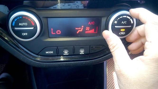 Trời nắng nóng, khó có thể vận hành xe mà không chạy điều hòa