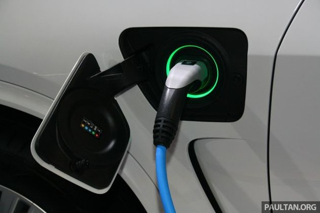 Đâu là bài toán bền vững cho xe chạy điện? ảnh 1