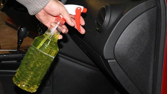 Người bán cũng có thể sẽ che lấp mùi hôi đó bằng cách dùng nước hoa hoặc chất khử mùi