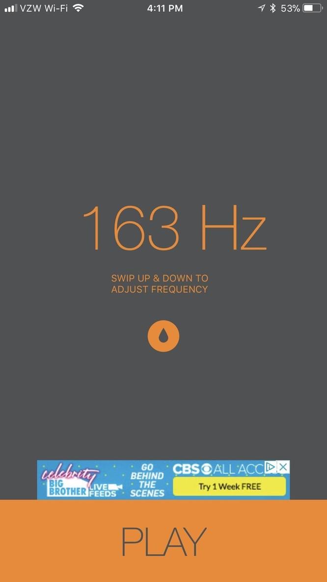 Bạn cần vuốt lên xuống để điều chỉnh tần số (Hz) và sau đó nhấn
