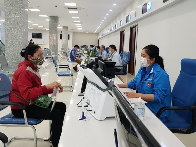 Sở TT&TT Quảng Ninh đã phối hợp với các đơn vị lựa chọn 516 dịch vụ, gồm 259 dịch vụ cấp Sở và 257 dịch vụ cấp huyện, để nâng cấp lên dịch vụ công trực tuyến mức 4 (Ảnh: doanthanhnien.vn)