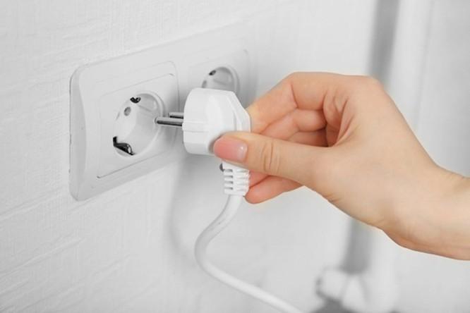 Không cần đến thợ, bằng mẹo hay này bạn cũng có thể tự bảo dưỡng bình nóng lạnh tại nhà ảnh 1