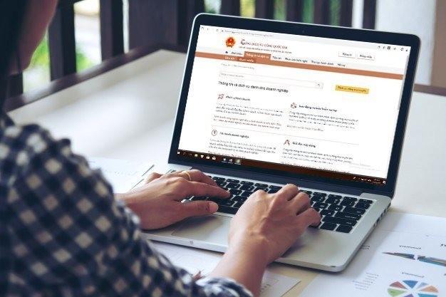 ính đến nay, Cổng dịch vụ công quốc gia đã tích hợp, cung cấp 596 dịch vụ công trực tuyến mức độ 3 và 4 (Ảnh minh họa).