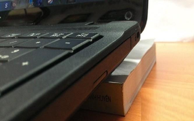 Mách bạn cách giúp laptop tản nhiệt hiệu quả, không hại máy ảnh 1