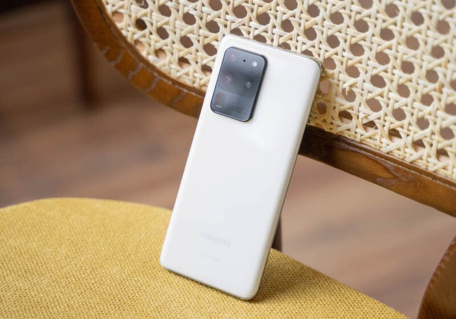 Những smartphone vừa lên kệ đã giảm giá ảnh 1
