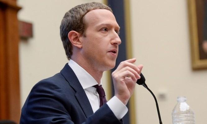 Zuckerberg điều trần trước quốc hội Mỹ hồi tháng 10/2019. Ảnh: Reuters.