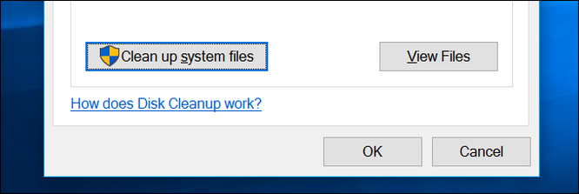 """Nếu có tài khoản quản trị viên của máy tính, bạn có thể click vào nút """"Clean Up System Files"""" để xem danh sách đầy đủ hơn các tệp có thể xóa."""