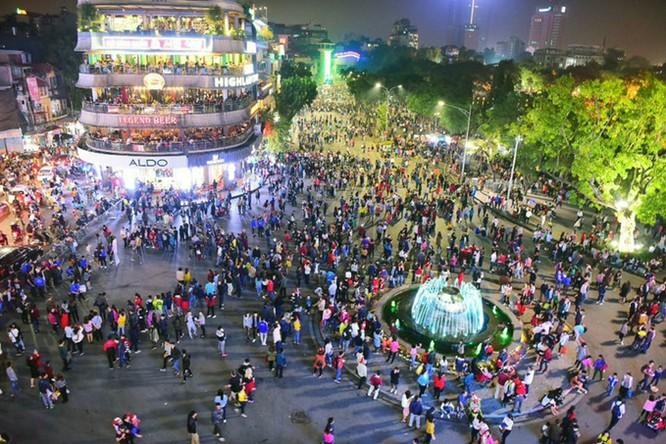 Nhiều khu vực tại Hà Nội sẽ được triển khai Wi-Fi công cộng miễn phí. Ảnh: Giang Huy
