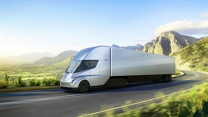 Mẫu xe tải hạng nặng, Tesla Semi, chạy bằng pin được Elon Musk giới thiệu từ 2017. Ảnh: Tesla.