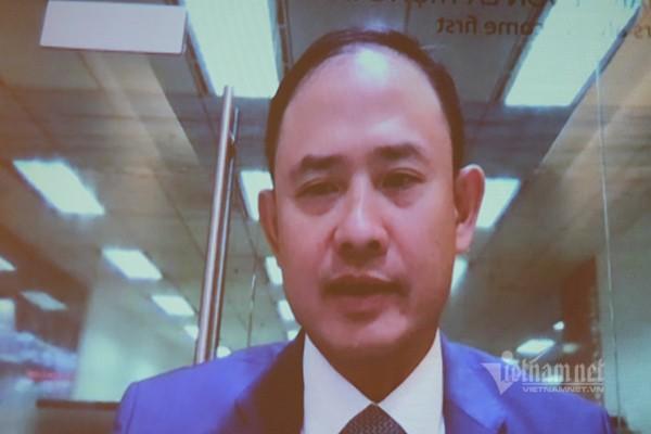 Ông Trần Nhất Minh - Phó TGĐ kiêm Giám đốc khối Dịch vụ công nghệ của Ngân hàng VIB chia sẻ kinh nghiệm chuyển đổi số của đơn vị này. Ảnh: Trọng Đạt