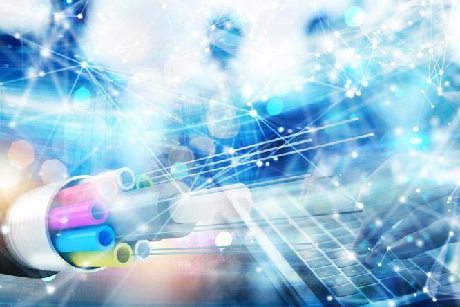 Công nghệ mới của các nhà khoa học giúp tăng tốc độ truyền dữ liệu trên cơ sở hạ tầng cáp quang hiện có (Ảnh minh họa)