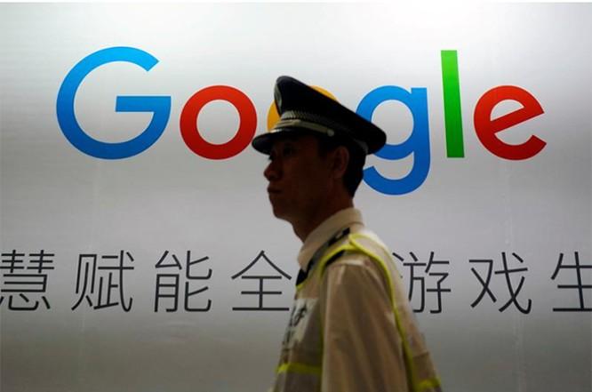 Biển hiệu của Google tại Triển lãm Giải trí Kỹ thuật số ở Thượng Hải (Trung Quốc) năm 2018. Ảnh: Reuters
